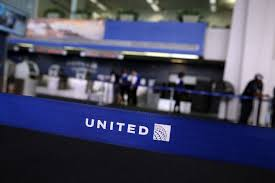 United Airlines Carry On United Faces Backlash After Teens Wearing Leggings Barred From