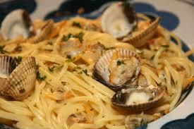 cuisiner les coques spaghettis aux coques ou alle vongale la cuisine de jackie