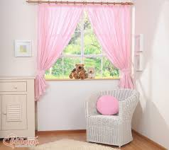kinderzimmer gardinen rosa bobono vorhang herzchen rosa punkte kinderzimmer gardine zimmer
