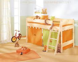 Cantus Schlafzimmer Birke In Diesem Kreativen Kinderzimmer Von Venda Haben Kinder Viel Spaß