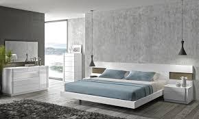 Lacquer Bedroom Set by Amora Modern Bedroom Set