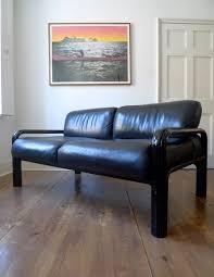 gae aulenti two seater sofa for knoll international 1975