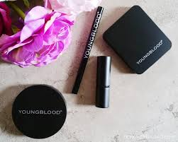 wearable everyday smoky eye featuring youngblood mineral cosmetics