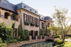 dr dre to buy gisele bundchen and tom brady u0027s 50m la mansion