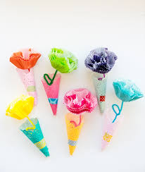 Making Flowers Out Of Tissue Paper For Kids - hello wonderful 11 gorgeous ways to make paper flowers