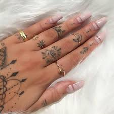 90 imaginative finger tattoos for the unashamed enthusiast