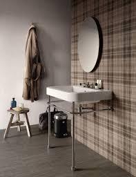 debbie travis u0027 house to home visual tricks with tile