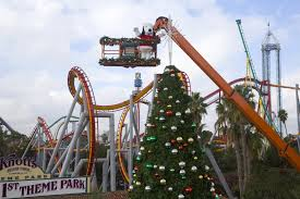 free knott u0027s berry farm admission for gift carrying guests during