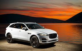 jaguar jeep 2018 new base powertrain for the 2018 jaguar f pace xe and xf models