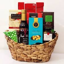 delivery gifts best 25 delivery ideas on he net food basket