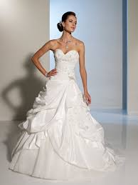 white dresses for weddings the popularity of white wedding dresses cherry