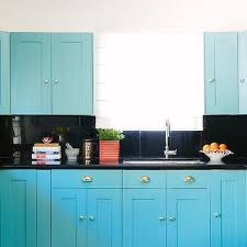 kitchen cabinet colors for black countertops blue kitchen cabinets with black countertops design ideas