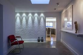pareti particolari per interni pareti bianche con mattoni a vista 25 idee creative mondodesign it