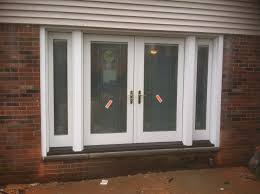 french doors with blinds between the glass fleshroxon decoration