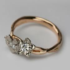 gold engagement rings uk bespoke fairtrade fairmined 18 carat gold 18 carat white
