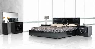 Black Lacquer Bedroom Furniture Armani Xavira Bedroom