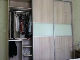 faire un placard dans une chambre placard integre chambre filles comme garaons car oui les hommes