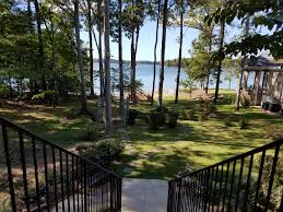 lake murray home for sale in plantation pointe