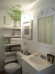 15 decor and design ideas for small bathrooms diy and crafts