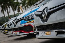 renault clio cup china series drivers keep clocking personal best