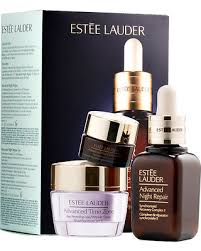cyber monday savings on estee lauder anti wrinkle set with