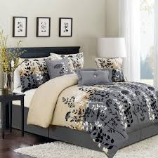 Embroidered Bedding Sets Minimalist Bedroom Design With Black Wooden Headboard And 7pc