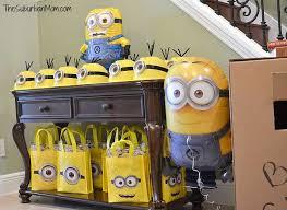 Minion Birthday Decorations Minion Birthday Party Ideas Favors Birthdays And Birthday Party