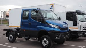 mitsubishi fuso 4x4 crew cab image result for iveco eurocargo 4x4 iveco daily 4x4 pinterest