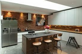 briques cuisine cuisine mur brique idées décoration intérieure