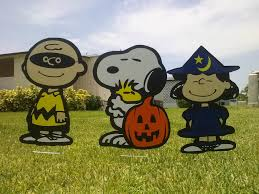 Halloween Yard Decorations Halloween Great Pumpkin Yard Snoopy With Charlie Brown And Lucy