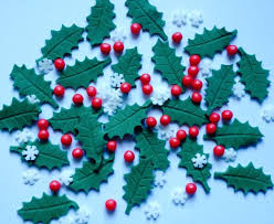 Christmas Cake Decorations Snowflakes by Snowflakes Holly Leaves Berries Edible Sugar Paste Christmas Cake