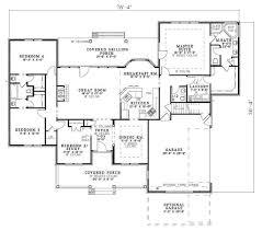 southern style house plan 4 beds 3 50 baths 2394 sq ft plan 17 627