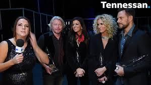 dierks bentley wedding ring just hootie being hootie darius rucker opens cma awards with u002790s hit
