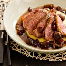 chataigne cuisine magret de canard aux châtaignes recettes de cuisine française