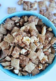 theater puppy chow recipe