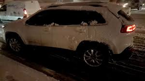 jeep cherokee tires 2016 jeep cherokee spinning summer tires on snow youtube