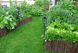 Garden Ideas For Small Spaces One Kings Lane Gardening Ideas Small Space Gardens Img 03 Llh Slideshow H409