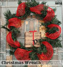christmas wreath using decomesh and styrofoam blocks
