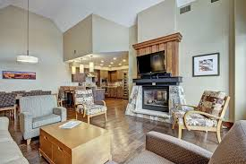 4 bedroom condos penthouse ski in ski out 4 bedroom condo at base of peak 8