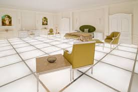iconic 2001 a space odyssey bedroom scene recreated in new it s in a new installation in downtown la