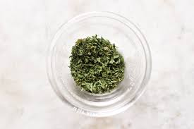 herb how to replace fresh herbs with dried herbs 3 steps
