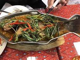 cuisine est อร อยมากๆๆคะ รสชาต ถ กปากมาก c est très bon picture of lak