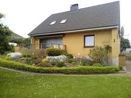 Einfamilienhaus Verkaufen Großzügiges Einfamilienhaus Mit Einliegerwohnung In Kassesdorf Zu