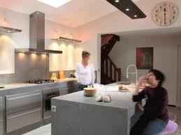 béton ciré sol cuisine le béton ciré investit la cuisine côté maison