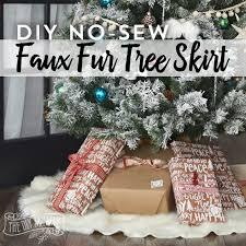 make a no sew faux fur tree skirt homeforchristmas