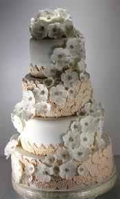 wedding cake with lace tort nunta dantela si flori albe my own