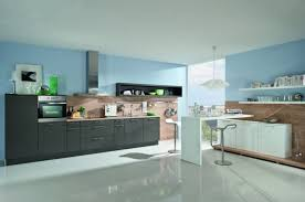peinture cuisine gris cuisine gris anthracite 56 idées pour une cuisine chic et moderne