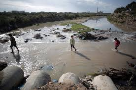 Sewage Coming Out Of Bathtub Sewage Poisons Coastline Threatens Israel