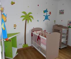 pochoir chambre bébé dco chambre de bb lits jumeaux bbs pochoir deco chambre bebe sa