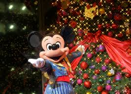 these are the exclusive perks included in disney u0027s new christmas